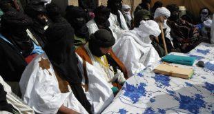 reunion-manifestation-population-civile-mouvements-azawad-chef-rebelle-touaregs-mnla-hcua-cma-arabes-nord-mali-kidal-gao
